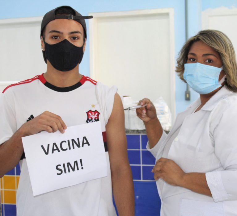 Dias melhores para todos: Japeri começa imunizar pessoas com 18 anos ou mais contra a Covid-19