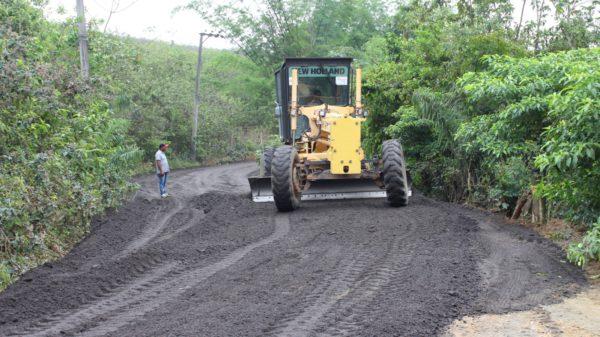 Prefeitura de Japeri realiza melhorias no bairro Teófilo Cunha
